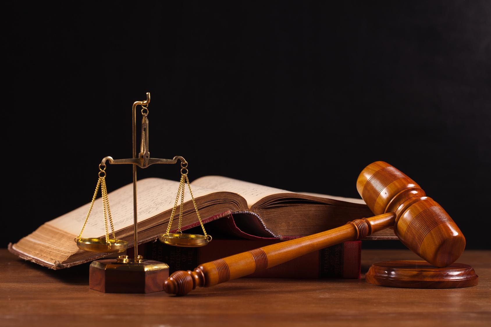 2019-2 Derecho administrativo y constitucional (Prof. Mazzei)