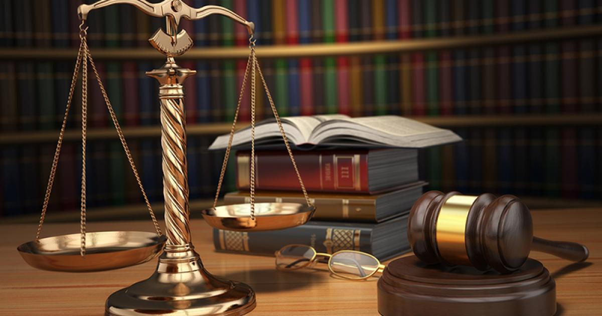 2019-2 Derecho Administrativo y Constitucional (Prof. Laurencio-Sábado)